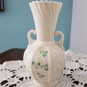 Belleek vase with handles